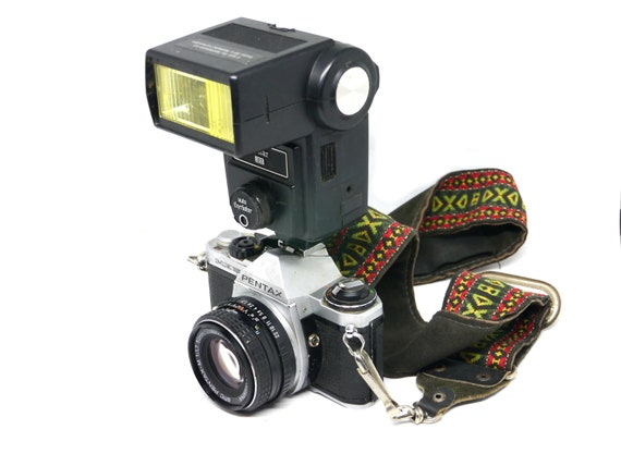 Stranger Things season 3 film camera, 35mm Pentax ME Super SLR with 50mm F1.7 Pentax-M lens, tested and working
