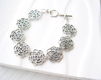 Silver Flower Bracelet, Modern Jewelry, Bridal Jewelery, Mum, Chrysanthemum, Wedding Accessory