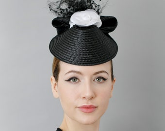 Fascinator Hat, Mother of the Bride Hatinator, Races Hatinator, Black and White - 'Saura Hat'