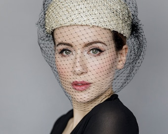 Straw Pillbox Hat with Full Veil, Jackie O Style, Veiled Beret, Ladies Day Millinery - La Dama