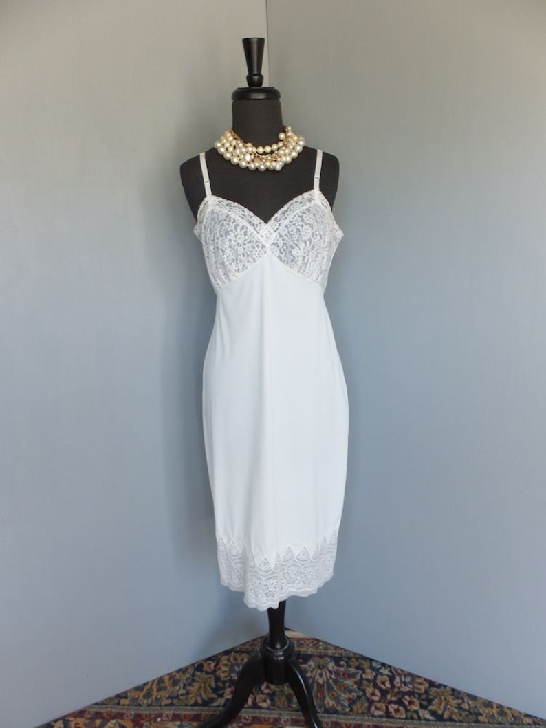 Slips Precise Ladies Size 34 Van Roalte Side Zipper Lacy Nylon Slip Dress Fully Lined.. Clothing, Shoes & Accessories