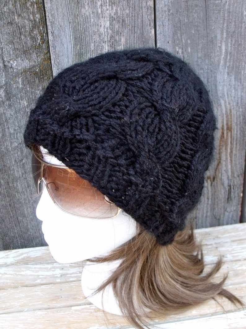 b59bcd7b745 Women s Chunky Cable Knit Hat in Black Slouchy Beanie