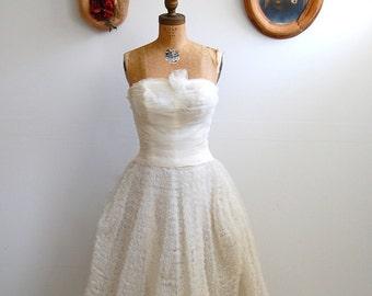 Vintage 1950s Wedding Dress - 50s Strapless White Tulle - The Ava
