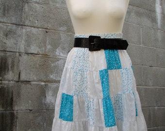 Vintage 70s / Turquoise and White / Polka Dot / Rockabilly / Skirt / MEDIUM/LARGE