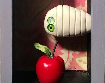 Box with apple and worm decoration lacaluna juicy eyes old wallpapers box of wood animal show case decoration