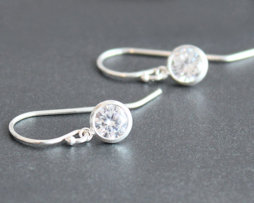 Sterling Silver Polished Small CZ Heart Post Stud Earrings Length 6mm