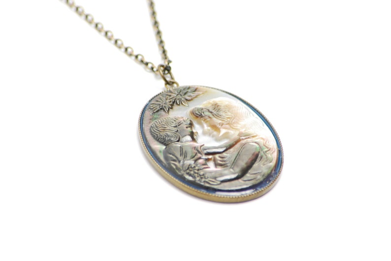 Mother and Child Cameo Necklace in Antique Brass Mother Daughter Cameo Jewelry Mothers Day Gift Shell Cameo Necklace Mother Son Cameo