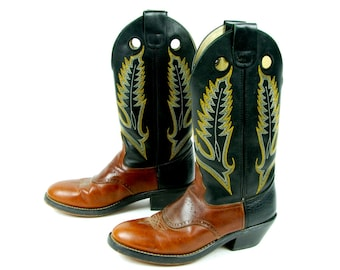 3ebfe93b96 Black and Brown Cowboy Boots by DURANGO - Men s Size 8 D