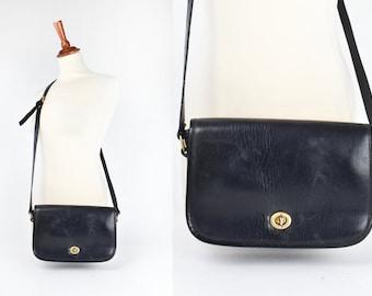 968241a4ff Classic coach bag