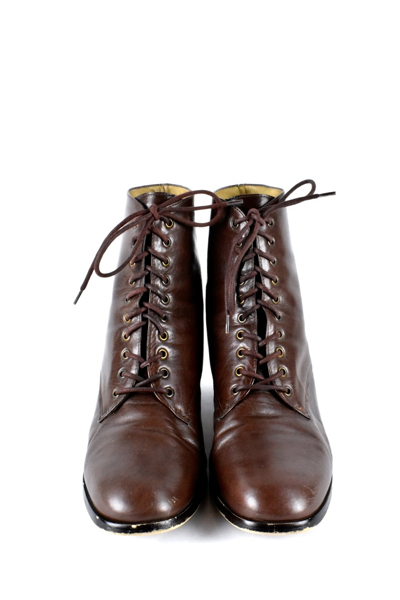 f660220b97a91 10 Eyelet Nine West Leather Ankle Boots, Ladies Size 8 1/2 M