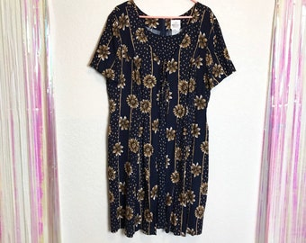 0db24f20cbf1 Vintage 90s Plus Size Romantic Sunflower Print Dress