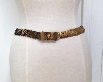Vintage 1970s Metal Scaled Bow Belt