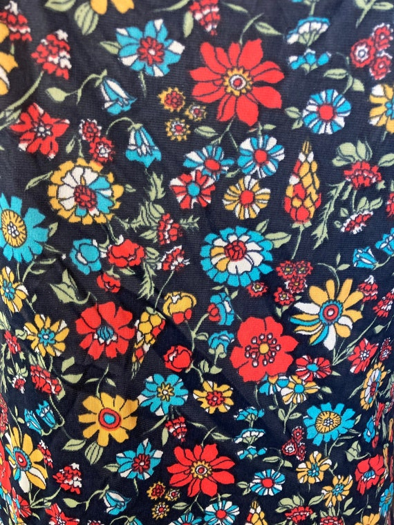 Psychedelic 70s Vintage Nylon Floral Print Lacy C… - image 4