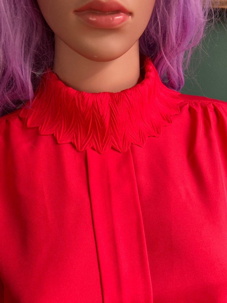 Cherry Red Vintage 80s Star Collared Blouse