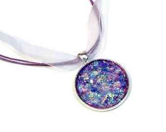 Glitter Pendant Necklace with Ribbon in Purple or Gold