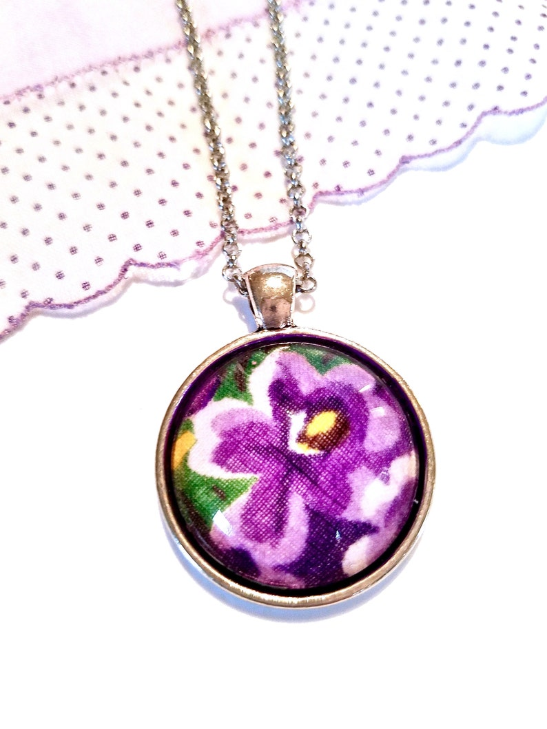 Pansy Necklace Flower Pendant in Purple image 0