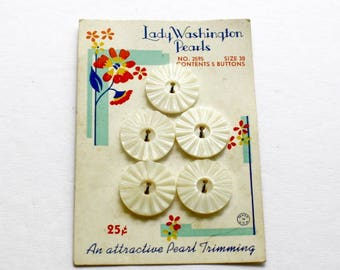 Vintage Pearl Buttons 5 Matching Round Carved Pearl Buttons Original Card Lady Washington Pearl Buttons Lot of 5 Buttons