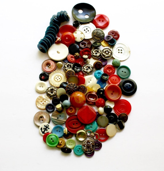 Lot of Buttons Sewing Vintage Crafts