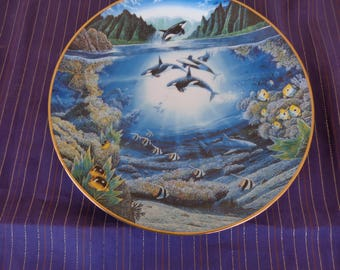 Plate  Collectors - Underwater Paradise Series by Robert Lyn Nelson Sunlit Glow  Limited edition 75 firing days Danbury Mint