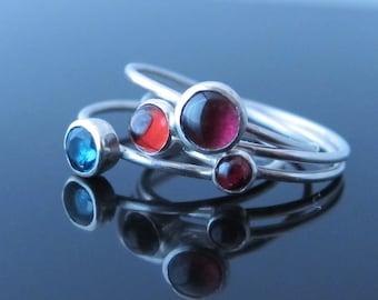Natural Garnet Stacking Ring-Birthstone Jewelry-London Blue Topaz Stacking Ring-Gemstone Ring-Birthstone Stacking Ring-Best Friend Ring
