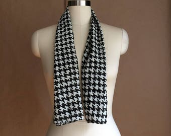 vintage 1990's exaggerated houndstooth scarf / scarve / accessory / colorblock / 90's streetwear