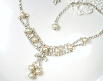 Victorian Pearl Bridal Necklace, Vintage Wedding Rhinestone Ivory Pearl Necklace, Dainty Silver Statement Necklace 1950s Choker Lacy Jewelry