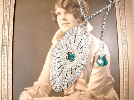 Art deco emerald necklace crystal vintage jewel brass filigree fan antique style rhinestone great gatsby 1920/'s style flapper May birthstone