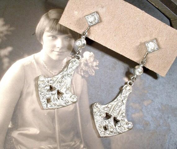 ANTiQue 1920s Pave Rhinestone Flapper Dangle Earri