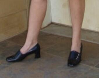 7dc1a1036bb Christine de Copenhague Pinup mi siècle dames Mod noir chaussures  Rockabilly noir Cap brevet Toe 2