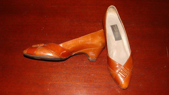 b832b7e0d2fe6 Vintage Brown Leather Made in Italy Sesto Meucci of Florence Low 2