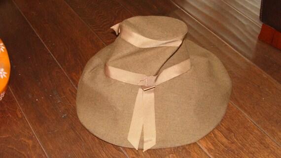 1930's Antique or 60's Vintage I am unsure Khaki … - image 9