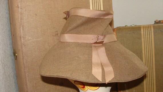 1930's Antique or 60's Vintage I am unsure Khaki … - image 3