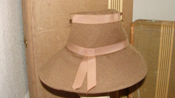 1930's Antique or 60's Vintage I am unsure Khaki … - image 4