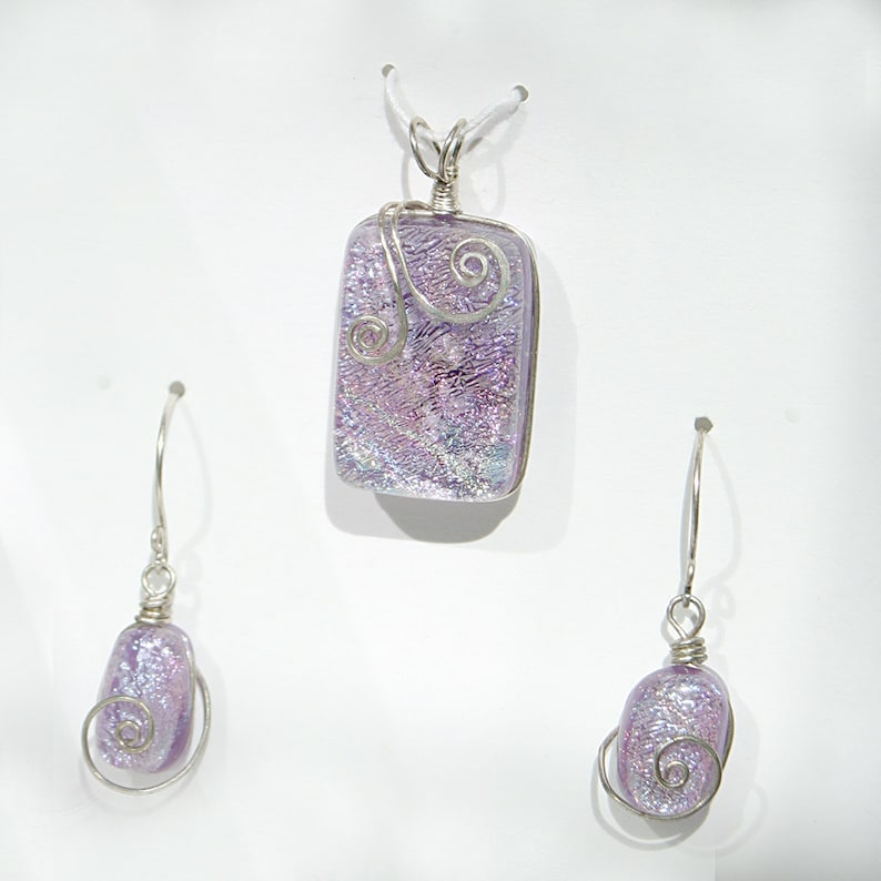 Frosty Lavender Glass Pendant and Earring Set with Swirl image 0