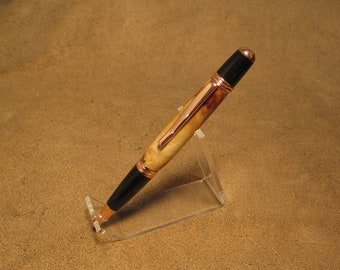Knotty alder twist pen