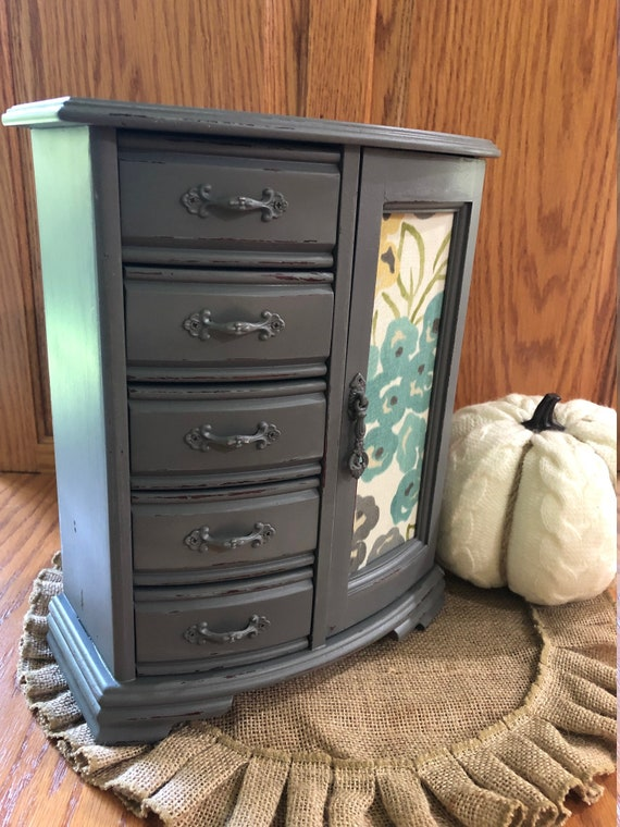 small barrel transformed in weathered gray jewelry box