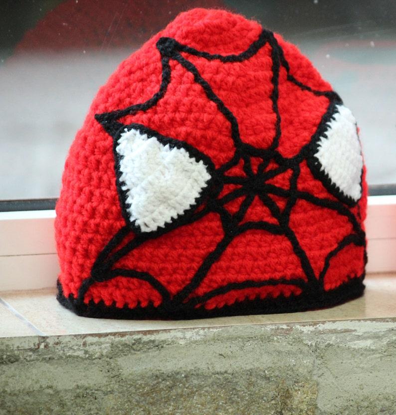 Cappello uomo ragno rosso del crochet eroe Spiderman  37cbadc93d65