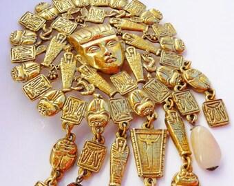 Goldette King Tut gold tone medal necklace, Egyptian Revival pharaoh, sarcophagi, hieroglyphics, scarab, 1950s vintage