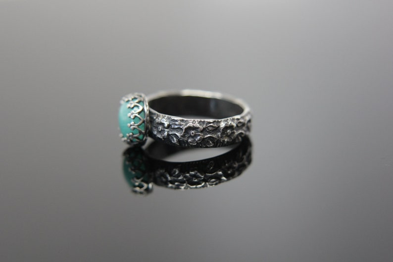 Queen for a Day Ring in Sterling Silver. Feminine patterned image 0