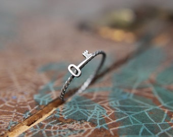 Darling Little Skeleton Key Stacking Ring. Romantic sterling silver skeleton key ring. Antique style key jewelry.