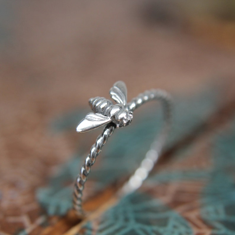 Delicate Little Spring Flora Honey Bee Ring. Sterling silver image 0