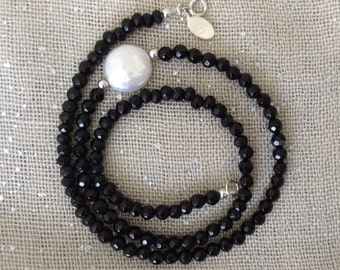 Facited Onyx Beaded Strand with Coin Pearl