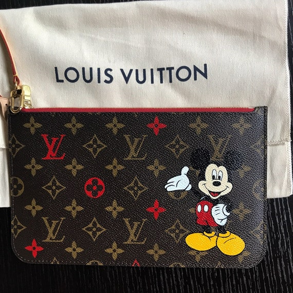 Disney ou nimporte quel caractère 2 d peint sur Louis Vuitton   Etsy a48f3bdacbb