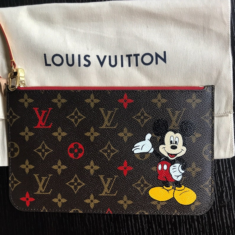 15e562863bd Disney or any 2 d character painted on Louis Vuitton pouchette
