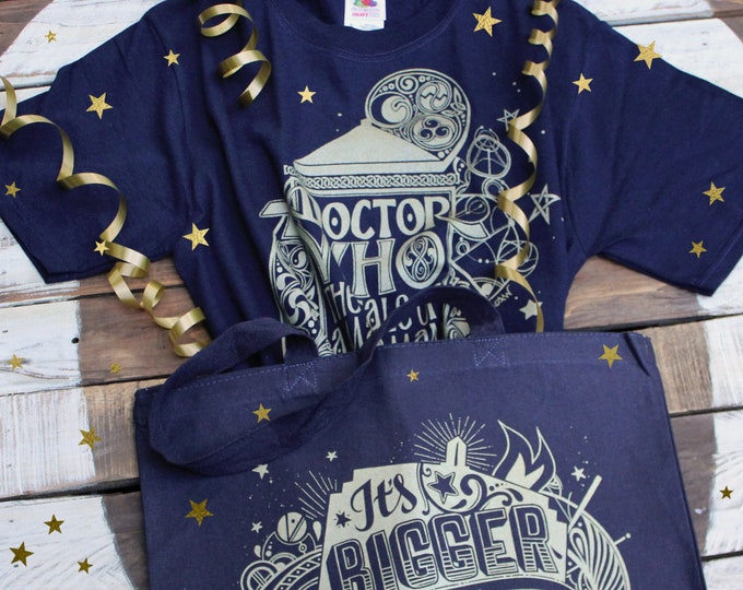 Doctor Who Gift Set | Gallifreyan Shirt and TARDIS Tote Bag