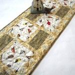 Quilted Table Runner, Table Runner Birds, Handmade Table Runner, Home Decor, Nature Table Runner, Spring Table Runner