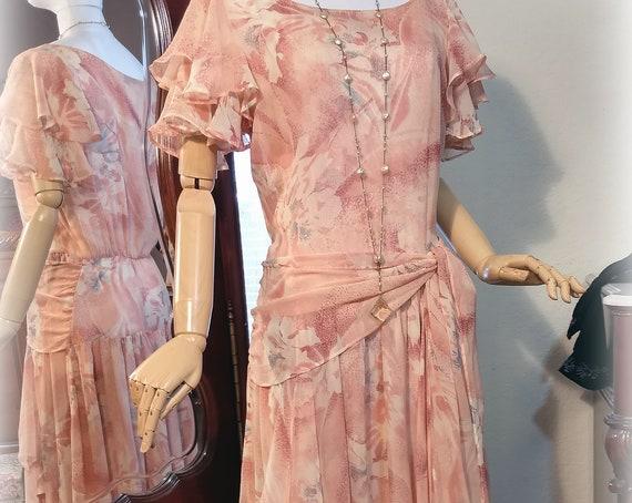 Gorgeous Vintage 20s-30s Inspired Silk Chiffon Designer Nancy Johnson Peaches and Cream Super Feminine Garden Party Dress