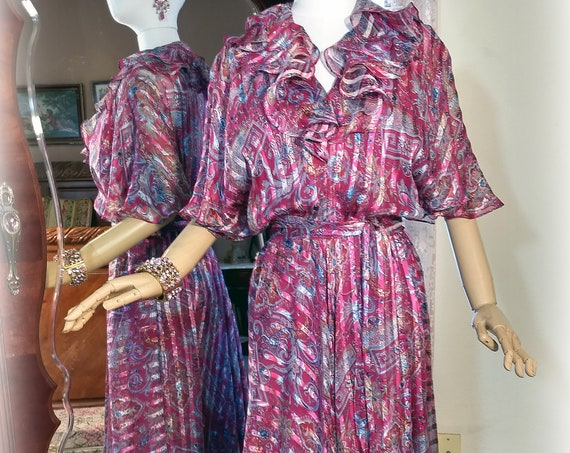 FAB Vintage Magenta Boho 70s 80s Silk Dress / The Silk Farm Designed by Icinoo / Full Floaty Skirt / Ruffled Top/ Glittering Gold Threads