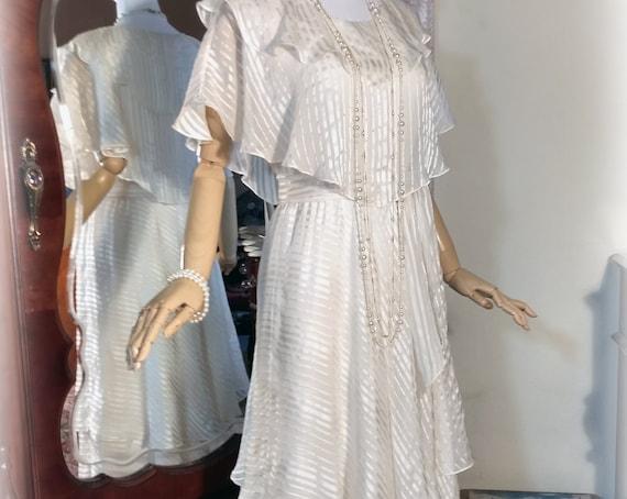 Vintage 70s-80s Ivory Silk Chiffon Dress / The Silk Farm Designed by Icinoo / Multilayered Multi Tiered Bias Skirt / Beach Wedding