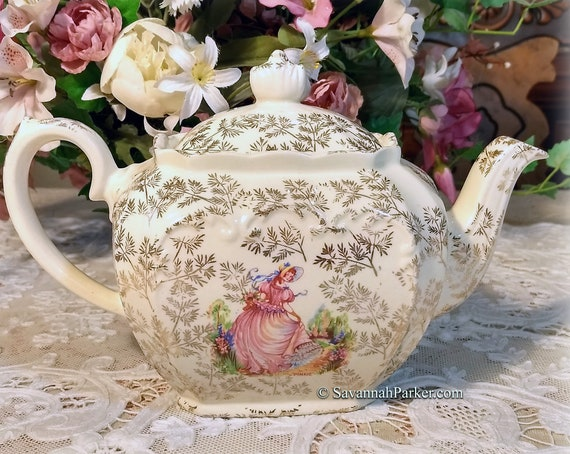 "Exquisite Vintage 1930's Sadler ""Pinkie"" Large Cube Teapot, Gold Chintz, Excellent Condition, Ivory, Pink and Gold, Shabby Chic Decor"